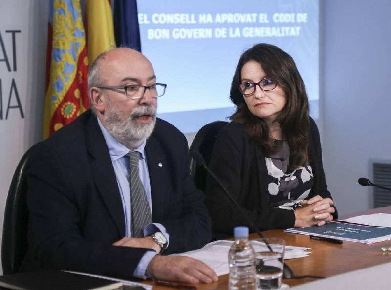 El exconseller de Transparencia, Manuel Alcaraz, y Mónica Oltra. Foto: VP