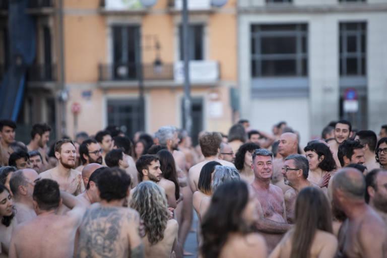 Agujeros de Gloria\': La Guerra vuelve a Valencia - Cultur Plaza