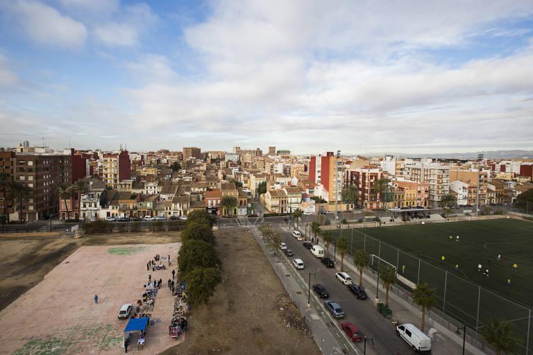 Panorámica del Cabanyal desde el bloque de Portuarios. Foto: Eva Mañez