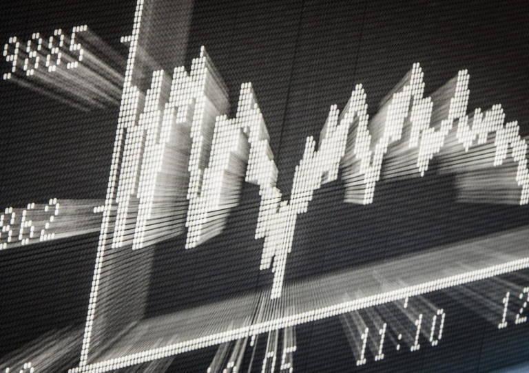 El Ibex conquista los 9.300 puntos con un alza del 0,33%