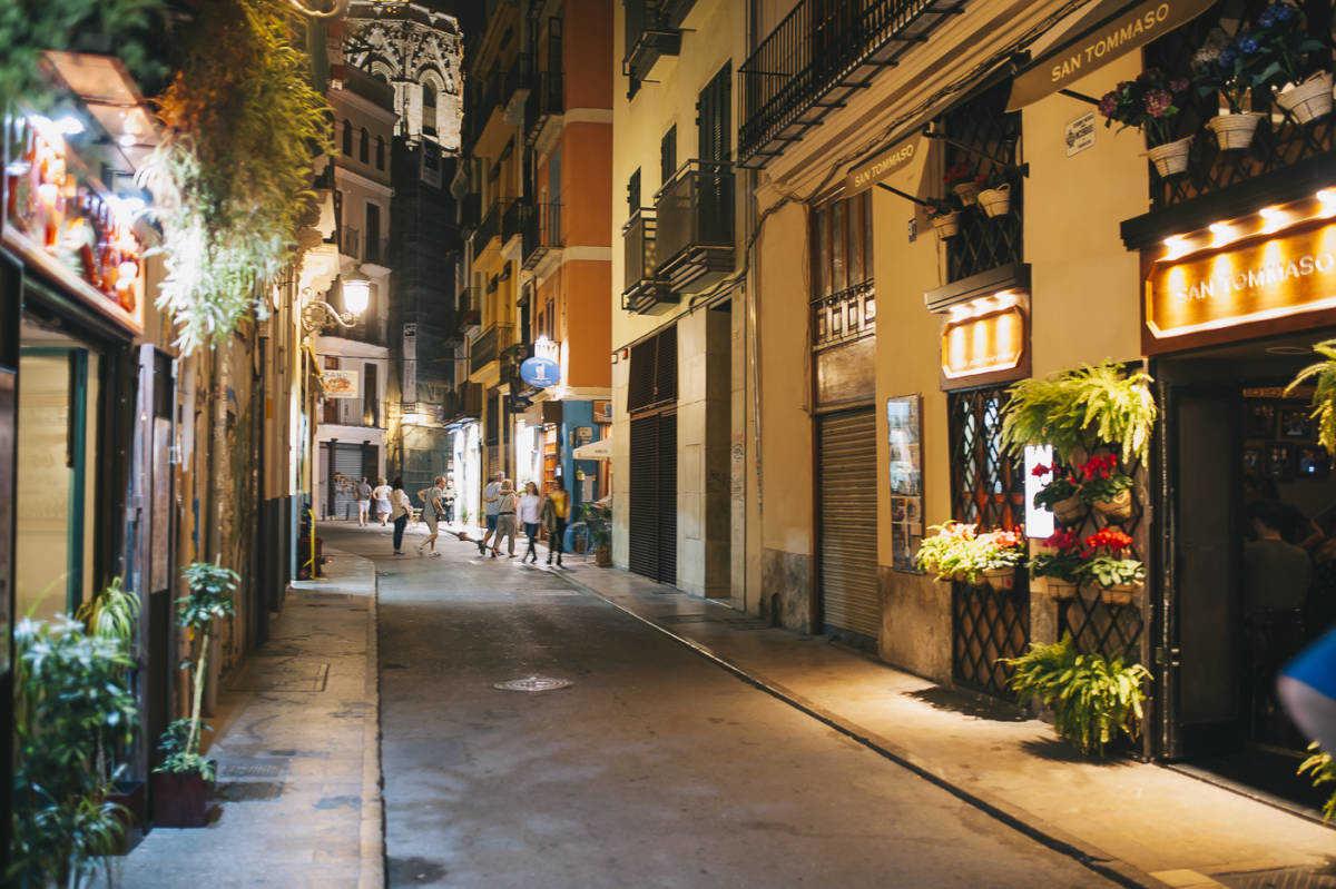 Centro histórico de València, donde han proliferado numerosos apartamentos turísticos. Foto: KIKE TABERNER