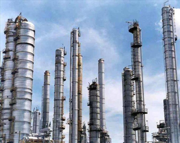 Petrolera saudita anuncia adjudicación de contratos millonarios