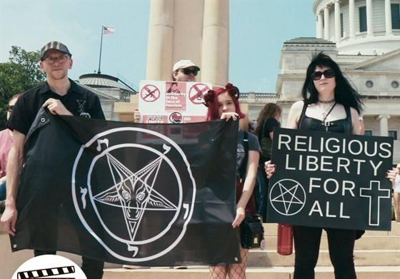 satánico