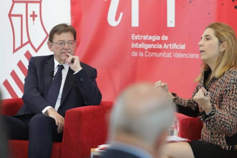 El president de la Generalitat, Ximo Puig, junto a Nuria Oliver. Foto: GVA