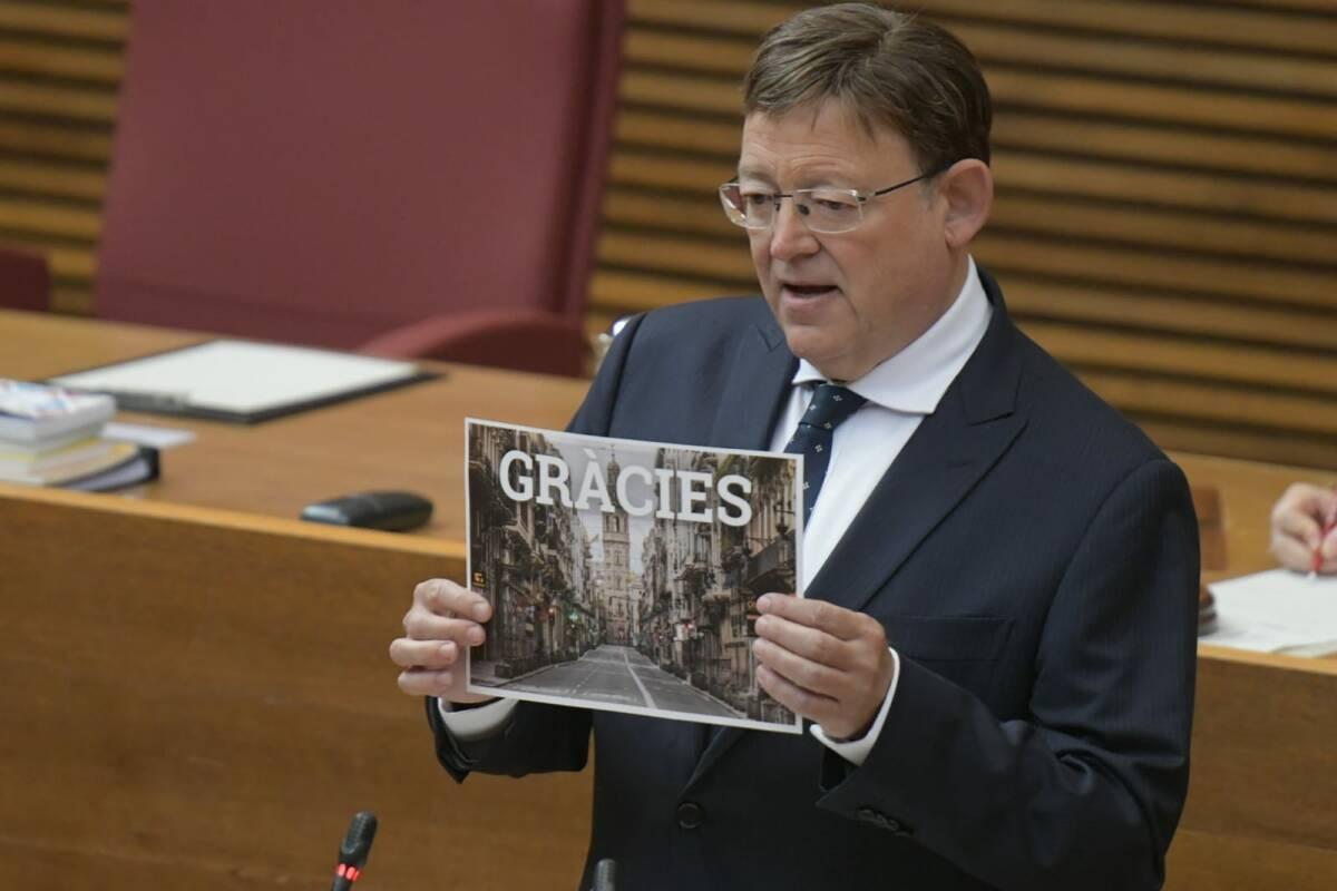 Puig, durante su discurso en la sesión. Foto: KIKE TABERNER