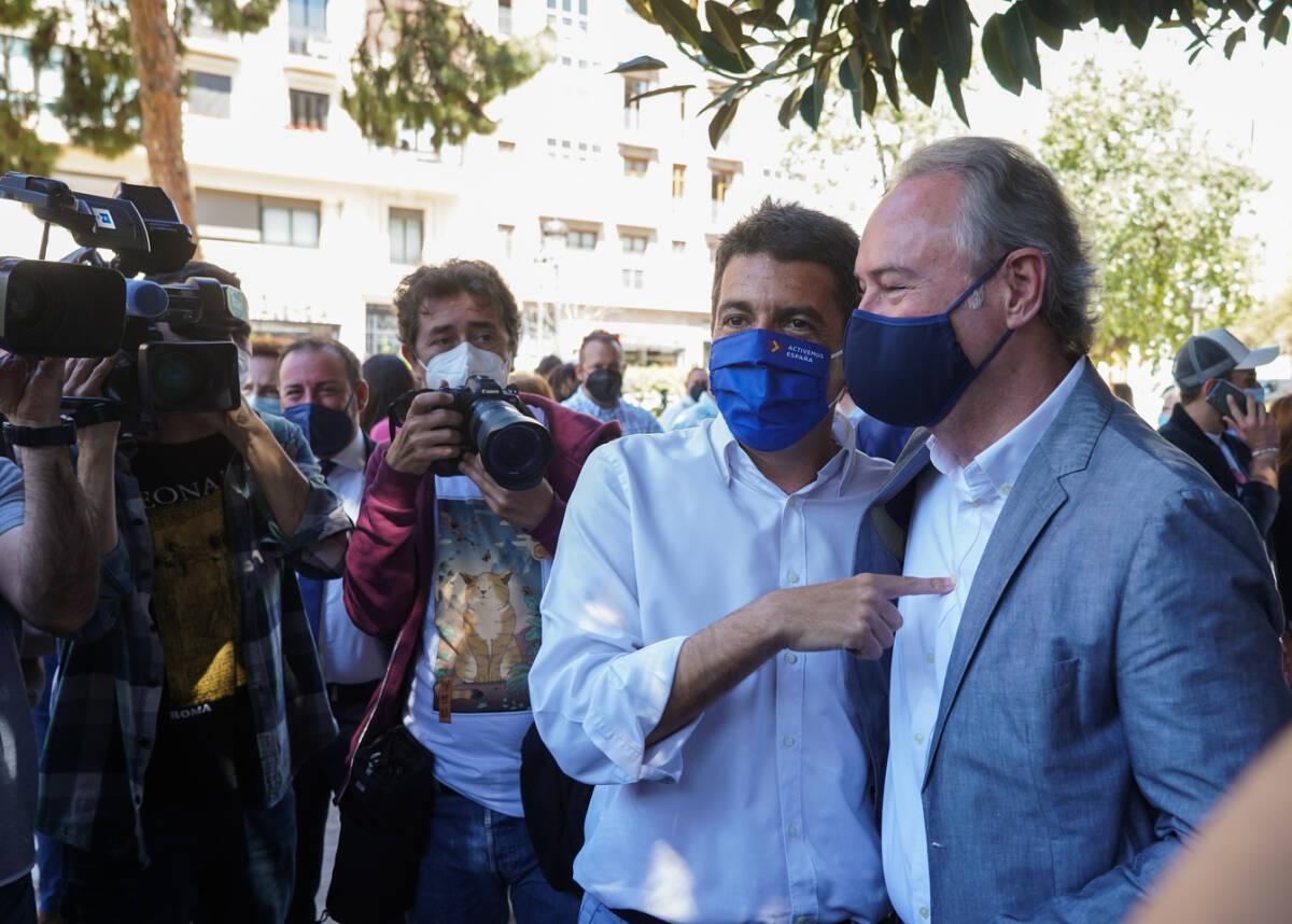 Carlos Mazón y Alberto Fabra. Foto: EDUARDO MANZANA