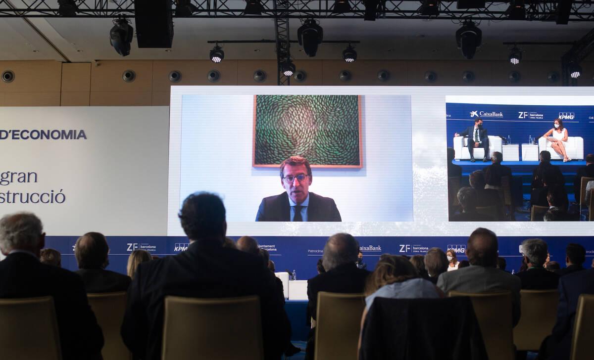 Feijóo, durante su intervención por videoconferencia. Foto: DAVID ZORRAKINO/EP