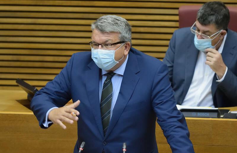 El diputado de Ciudadanos Fernando Llopis. Foto: INMA CABALLER/Corts