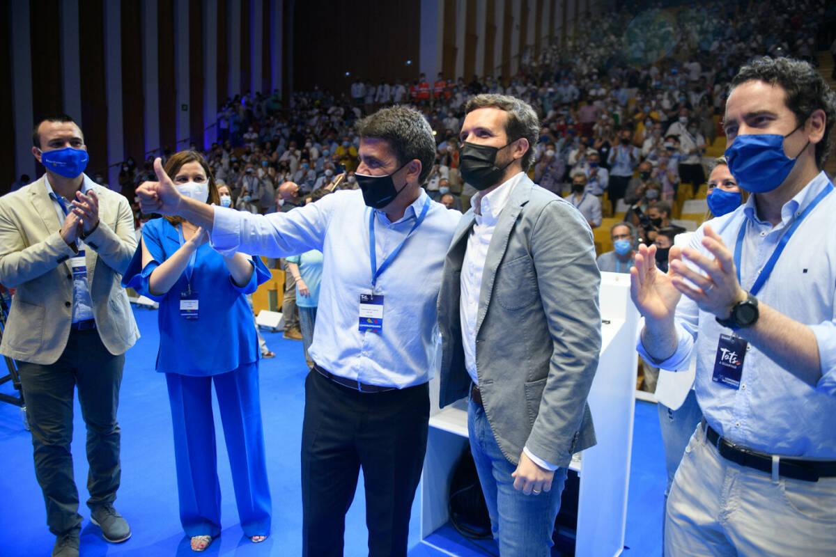 Pablo Casado, Carlos Mazón, Teodoro García Egea, Vicente Mompó y María José Catalá. Foto: KIKE TABERNER