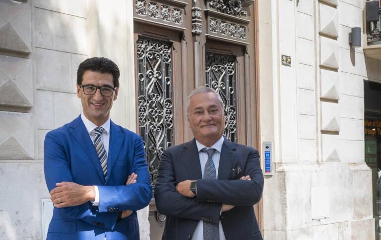 Ecija integra el despacho valenciano Enriquez & Asociados