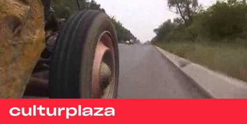 'Pretty Dyana': los vehículos autofabricados a lo 'Mad Max' de los gitanos de Serbia