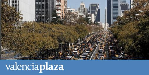 Miles de vehículos llenan las calles de más de 50 ciudades contra la 'Ley Celaá'